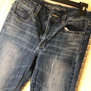 American Eagle High Rise Artist Jeans 10 short
